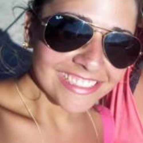 Rita Bueno's avatar