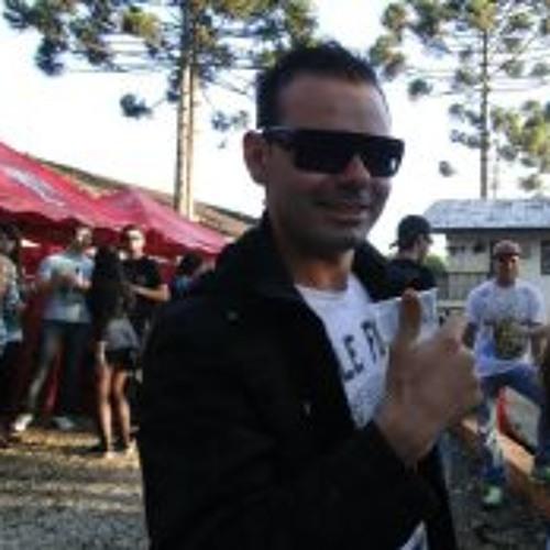 Fabio Felix 4's avatar