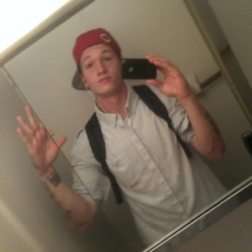 Sean Oktober Richardson's avatar