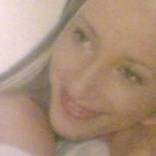 Leah Pegler's avatar