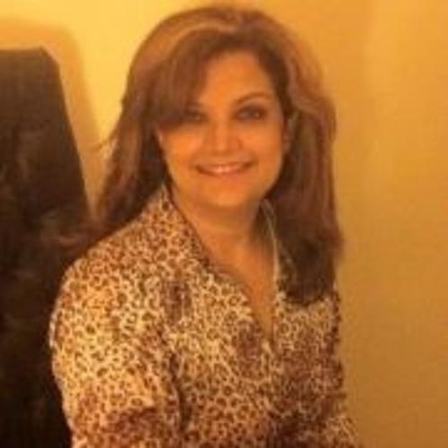 Syma Nadeem's avatar