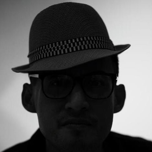 RON muzic's avatar