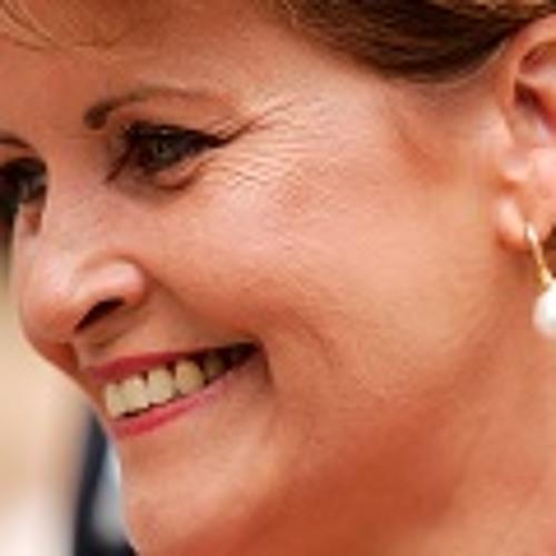 Lesley-Anne Hornbogen's avatar