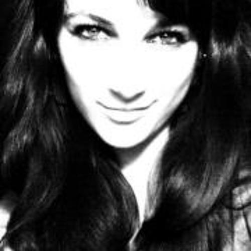 Karina  Manukian's avatar