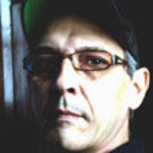 Decio Betencourt's avatar