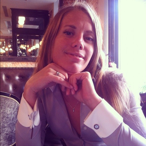 AnnaStratova's avatar