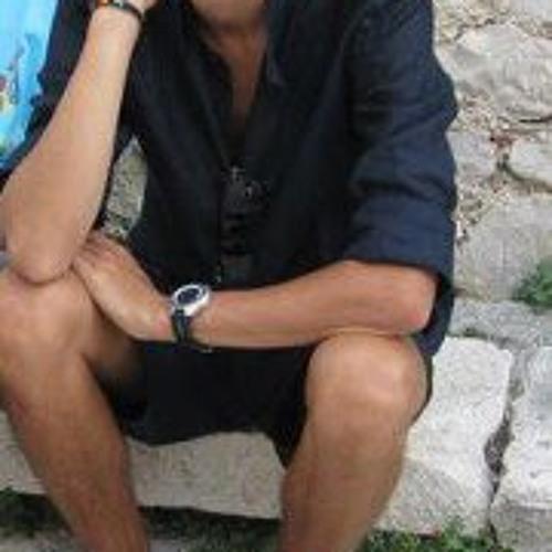 Gregorio Ruhle's avatar