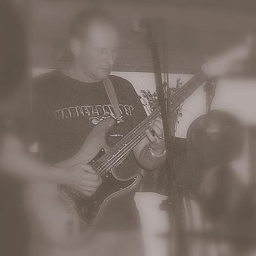 Glen Hayter's avatar