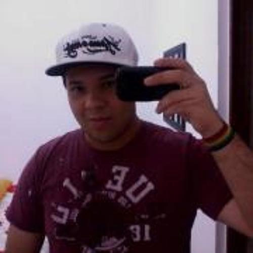 Antonio C S Pires's avatar