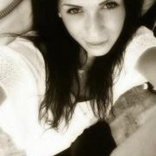 Jenny Lalilu's avatar