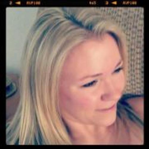 Kara Klobucar's avatar