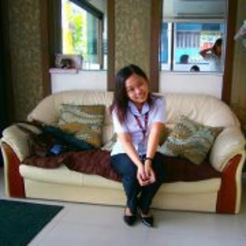 Karen Ann Si's avatar