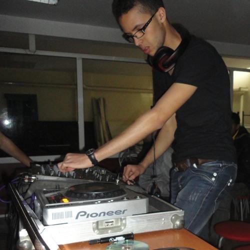 DJ Vonyc's avatar