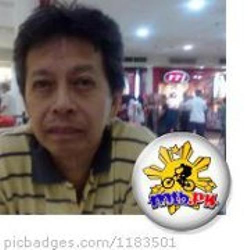 Toto Quion's avatar