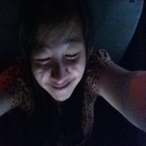 Mia Tan's avatar