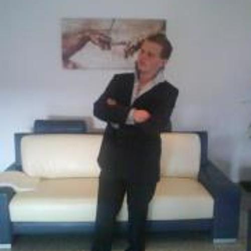 Thomas Martens 3's avatar