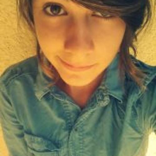 Emma Chaperon's avatar