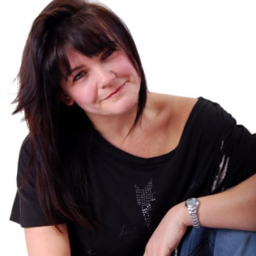 DebbieRainforth's avatar