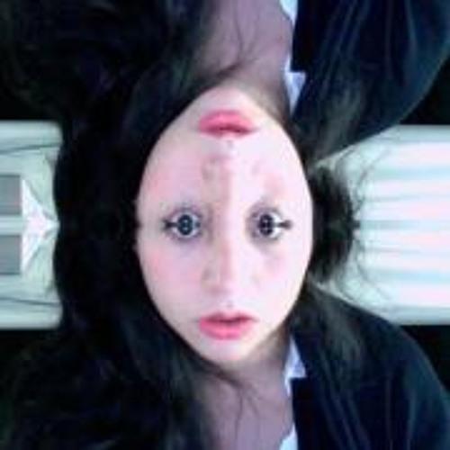 Maria T. Flores's avatar