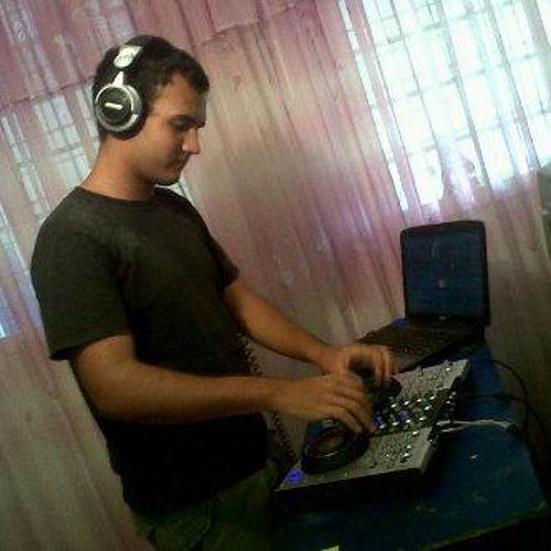 Ricardo Gonzalez Fr's avatar