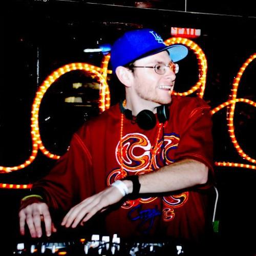 Lucky Penny (DJ)'s avatar