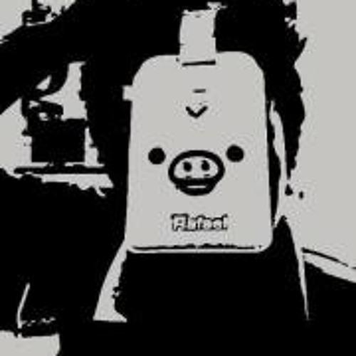 ĶinG-èirŌņ BAutista's avatar