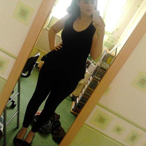 Laura girl 1's avatar