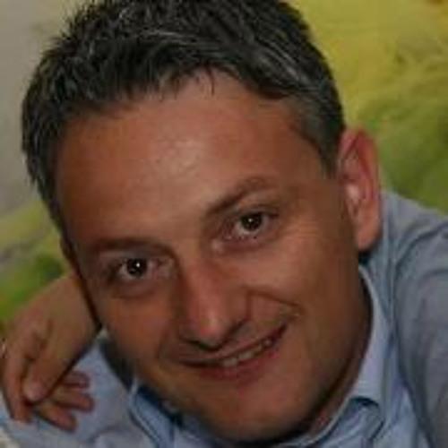 Simone D-Box Bastianelli's avatar