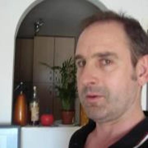 Hugh Gulland's avatar