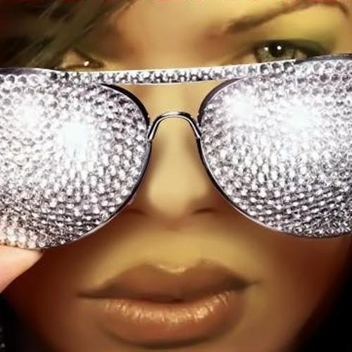 Gisely Emmerik's avatar