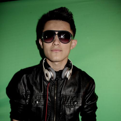 DJ TUЯY's avatar