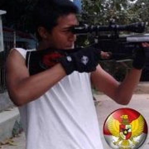 Devill Rinaldo's avatar