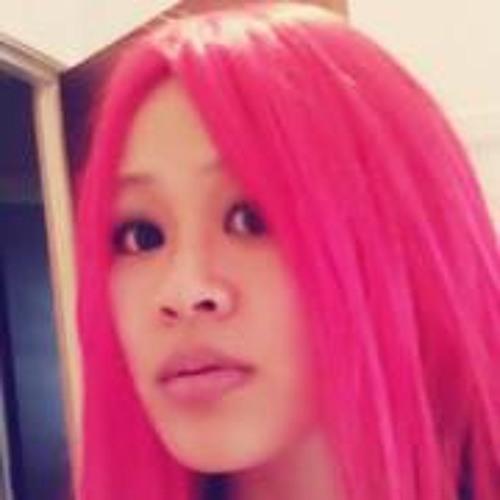 Flora Yang's avatar