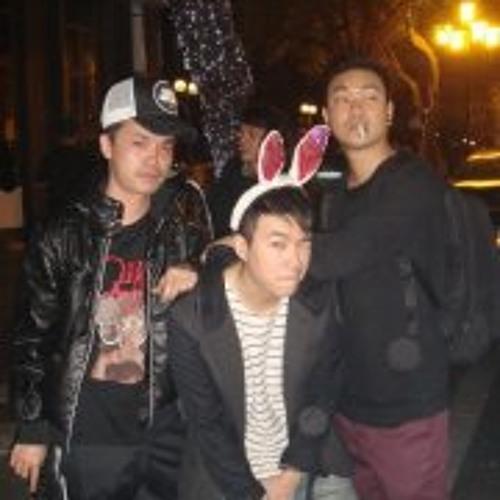ArJim Leung's avatar
