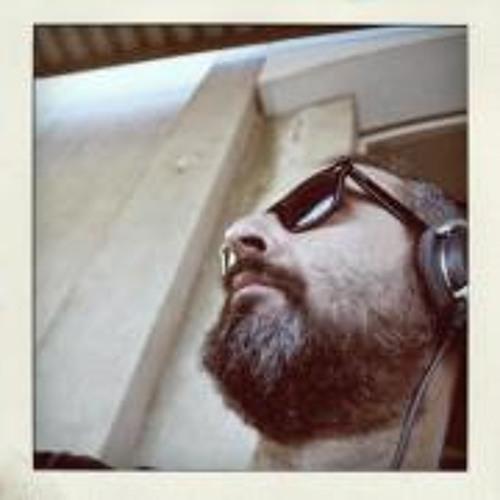 Birdog Noisy Twentyone's avatar