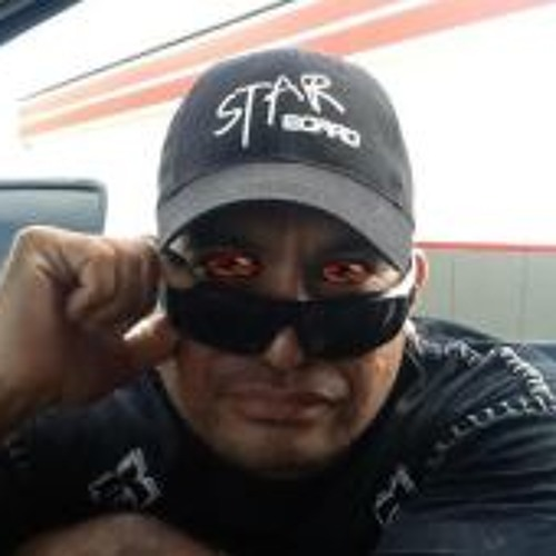 Larson Miller's avatar