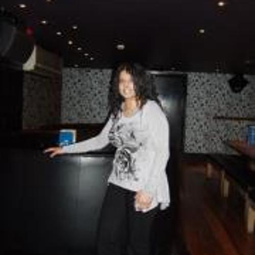 Ruby Dhanjal's avatar