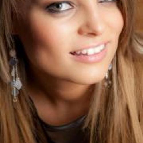 Laura Green 6's avatar