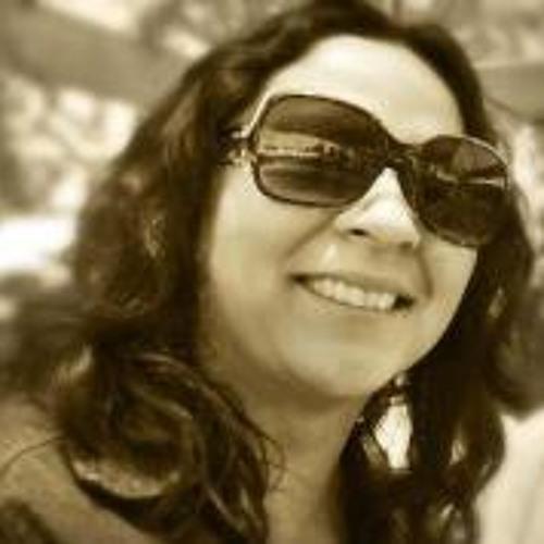 Claudia Figueroa 5's avatar