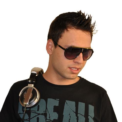 Denny Baruk's avatar