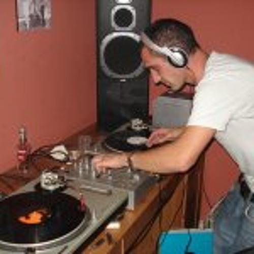 Juan Carlos Fernandez 13's avatar