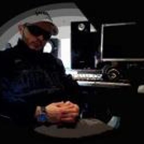YVRIS - MUSICMAKER's avatar