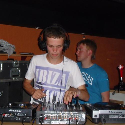 DJ Perados's avatar