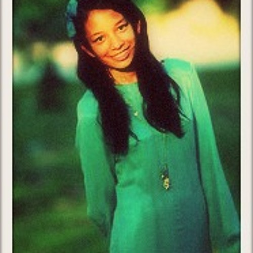 Amira Hasnan's avatar