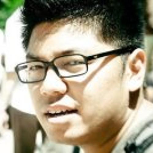 Manop Petcharakrai's avatar