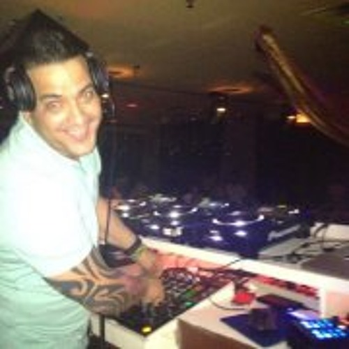 DJ Carlos Sexto's avatar