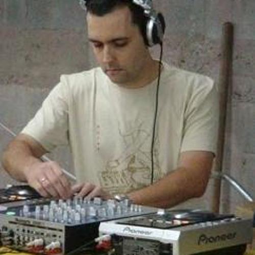 ricardo_master's avatar