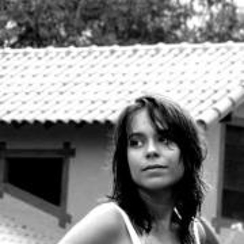 Thais Mendes's avatar