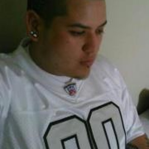 Chris Cervantes 4's avatar