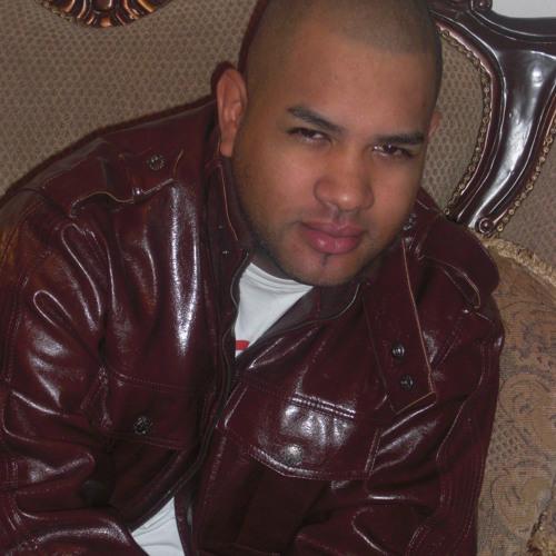 Romeo Suriel's avatar